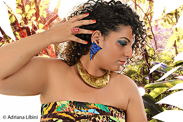 Tropical Paradise Editorial de Moda Plus Size